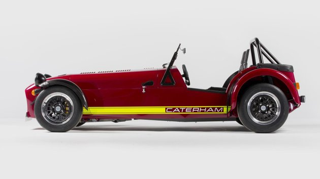 Caterham-620R-side.jpg
